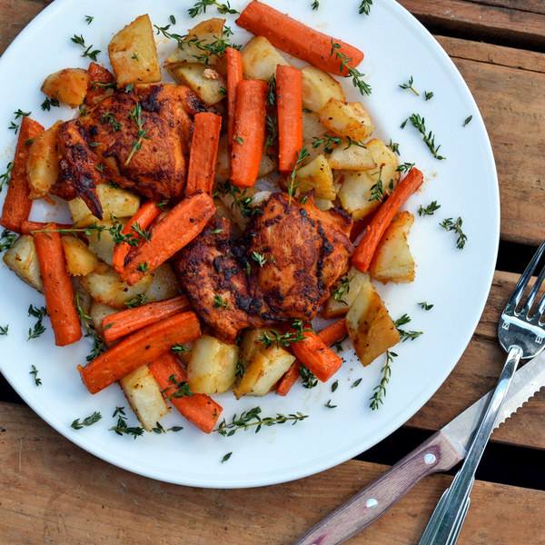 Roasted Paprika Chicken Thighs with Carrots, Potatoes & Thyme .